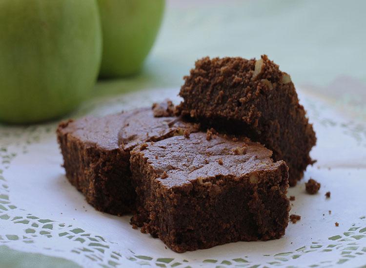 בראוניז שוקולד תפוחים