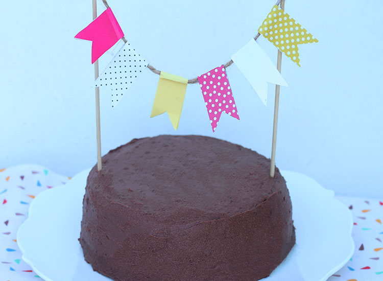 עוגת שוקולד בציפוי גנאש שוקולד