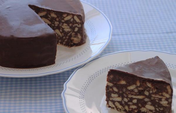 עוגת שוקולד ביסקויטים של הנסיך ויליאם